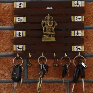 Wooden Frame with Ganesh Figurine Key Holder
