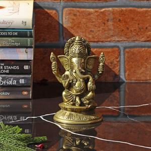Brass Ganesha on Oval Paoti for Home