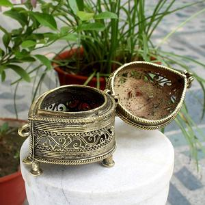 Brass Dhokra Paan-Shaped Decorative Box